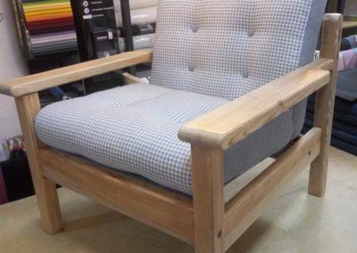 fotel z poduszkami